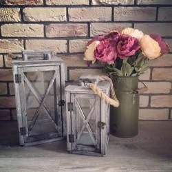 Kvetináče, vázy a kvetinky